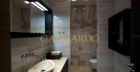 Облицовка ванны мрамором Polisandro