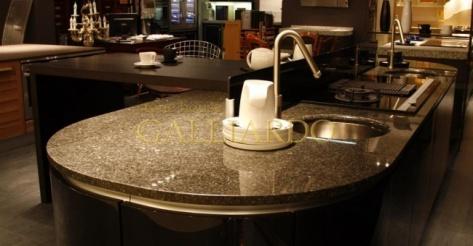 Гранитный стол Caffe Imperiale